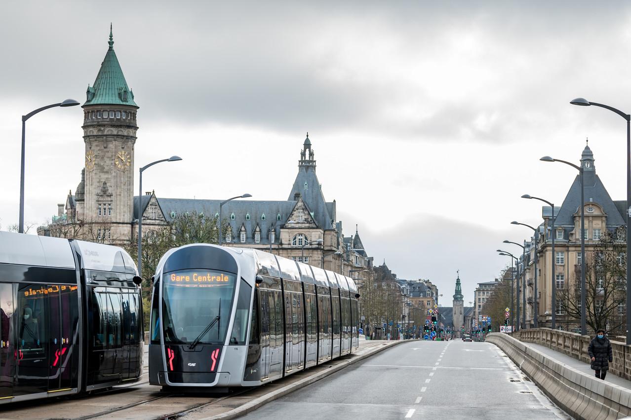 Des aménagements vont se poursuivre le long de la nouvelle extension, notamment sur l'avenue de la Liberté et au niveau de la gare centrale. (Photo: Nader Ghavami / Maison Moderne)