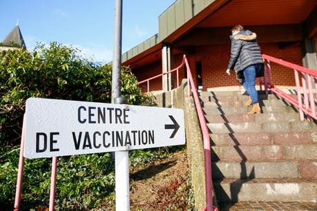 Pour réserver gratuitement un taxi pour se rendre au centre de vaccination depuis Luxembourg-ville, il faut appeler le4796-2975. (Photo: SIP/Julien Warnand)