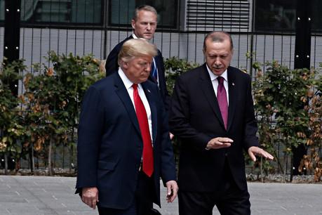 Le président américain Donald Trump avec le président de la Turquie Recep Tayyip Erdogan, lors du sommet de l'Otan du 11 juillet 2018. (Photo: Shutterstock)