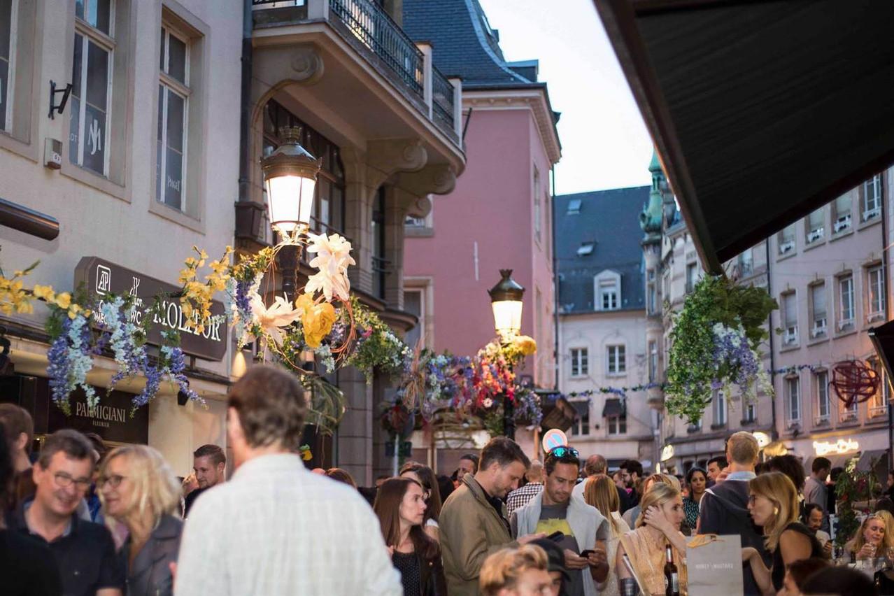 Pour leur Summer Street Party, les bars du centre-ville de Luxembourg s'unissent pour une grand fête commune. (Photo: Go Ten)