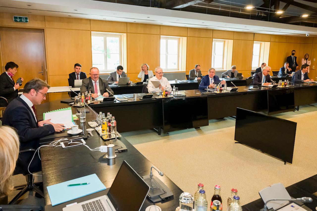 Une semaine après les bipartites menées par le gouvernement, Dan Kersch assure que l'État veillera au succès de la tripartite sans garantir que les négociations aboutiront, plaçant chacun devant ses responsabilités. (Photo : SIP/Jean-Christophe Verhaegen)