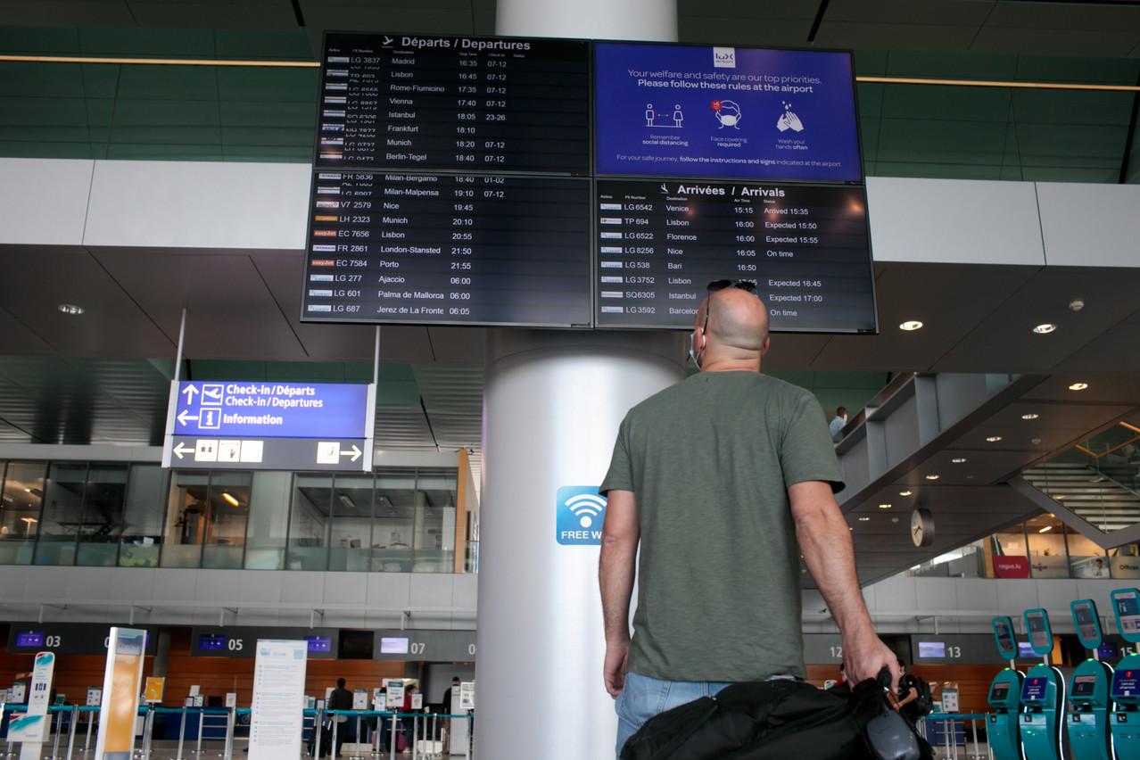 Lux-Airport a accueilli 1,4 million de passagers, contre 4,4 millions un an plus tôt. (Photo: Matic Zorman / Maison Moderne)