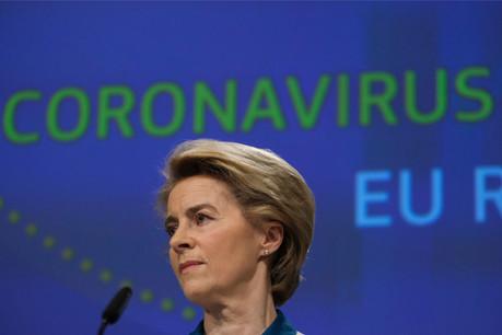 Ursula von derLeyen a convaincu les 27 États membres de contrôler les exportations de vaccins, une question qui divisait. (Photo: Shutterstock)