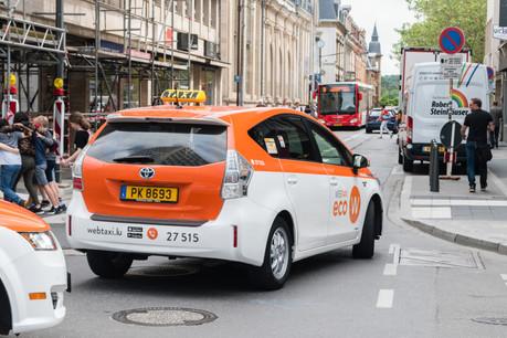 Selon l'ULC, «les frais de taxis varient entre 22,50€ et 45€ pour une distance de 10 kilomètres. L'incitation à utiliser un taxi n'a donc pas été augmentée». (Photo: Shutterstock)