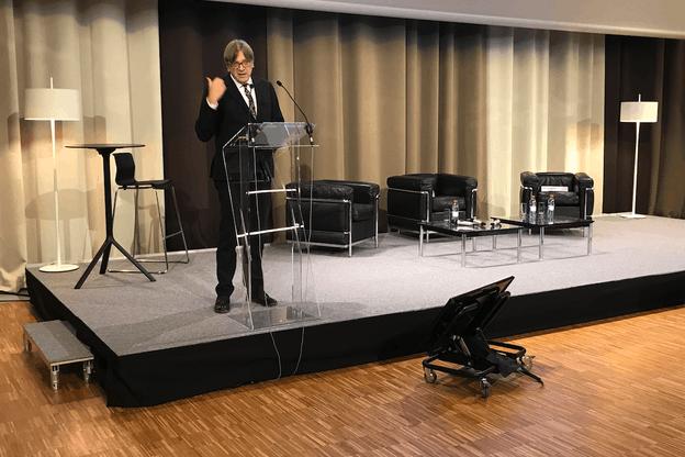 Guy Verhofstadt regrette que les Européens n'aient pas été aussi efficaces que les Américains dans les réformes à apporter suite à la crise financière de 2009. (Photo: Paperjam)