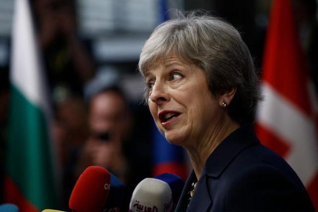 Theresa May pourrait se rendre ce lundi à Bruxelles pour réaliser des dernières négociations avant le vote au Parlement britannique, mardi. (Photo: Shutterstock)