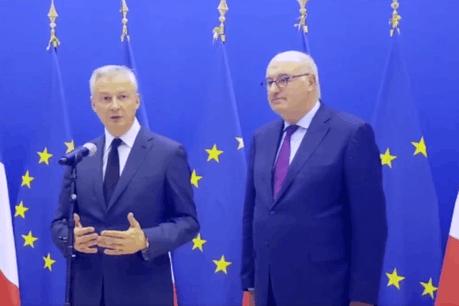 Bruno Le Maire se voit conforté dans son approche par la Commission européenne, représentée par le commissaire en charge du commerce, Phil Hogan. (Photo: Twitter/Capture d'écran)