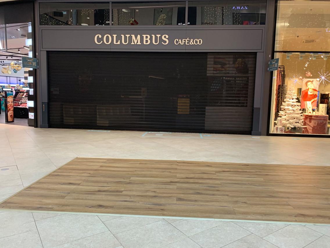 Dernière fermeture en date, celle du Columbus Café & Co, situé sur la place centrale du centre commercial. (Photo: Maison Moderne)