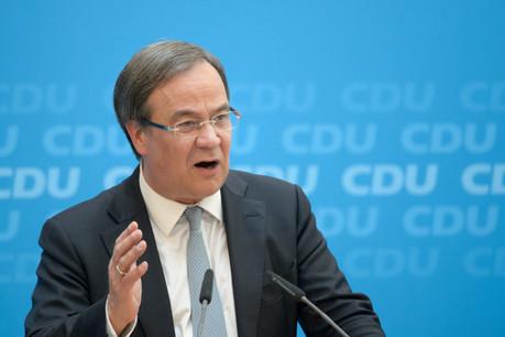 Le candidat à la succession d'AngelaMerkel au sein de la CDU, Armin Laschet, se voit légitimé pour les élections fédérales grâce à cette victoire en Saxe-Anhalt. (Photo: Shutterstock)