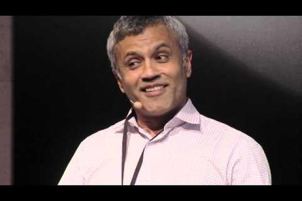 the-courage-to-reinvent-the-future-pooran-desai-at-tedxluxembourgcity.jpg