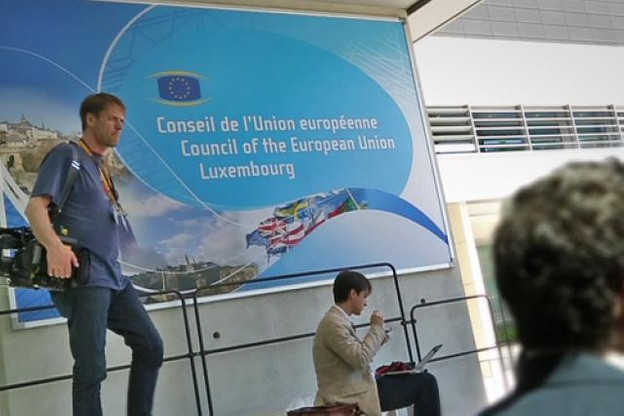 les-ministres-europeens-des-finances-a-luxembourg.jpg
