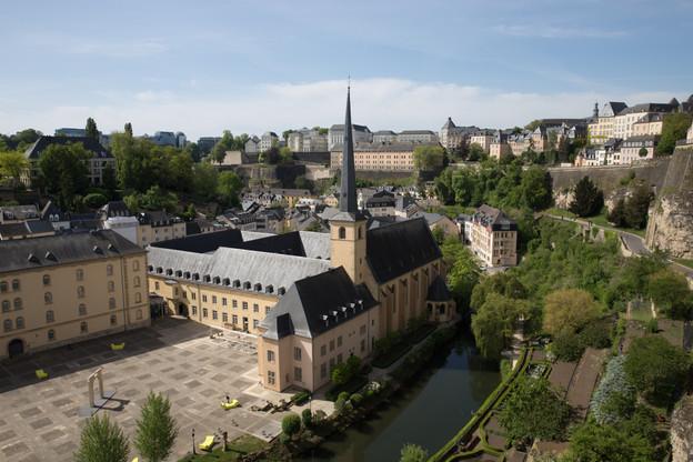Serge Wilmes et Corinne Pommerell expliquent les projets à venir en terme de développement de la Ville de Luxembourg dans l'optique de devenir une «smart city». (Photo: Romain Gamba / archives Maison Moderne)