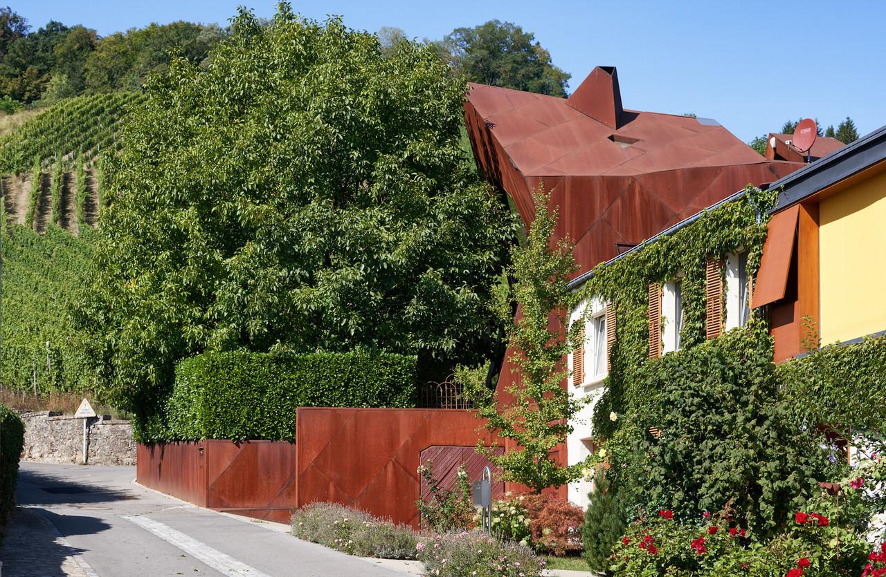 Remerschen, et son architecture très reconnaissable signée Valentiny, fait partie du parcours patrimonial et viticole dessiné dans le cadre du projet Via Mosel'.                                (Photo: Christopher Arnoldi)