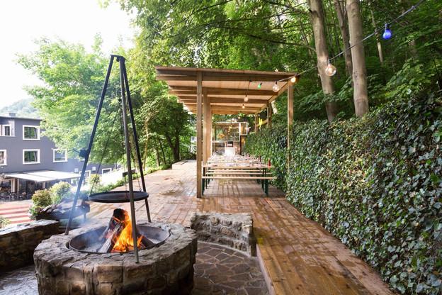 Le 9 juillet, Vinaly s'invite à l'Hostellerie du Grünewald et privatise son chalet avec vue pour une soirée haute en goût et en bons vins. Et quelques places sont réservées pour les lecteurs de Paperjam Foodzilla...  (Photo: Hostellerie du Grünewald)