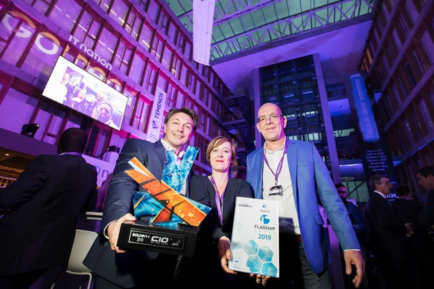 L'équipe de Pictet Technologies (avec à gauche son dirigeant Vincent Eggen, CIO of the Year), a également reçu le prix de l'Apsi Flagship Award durant la soirée. (Photo: Nader Ghavami)