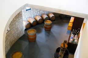 Vins tranquilles et crémants peuvent être dégustés, en temps normal, dans une élégante salle de dégustation, à quelques pas des vignes. (Matic Zorman/Maison Moderne)