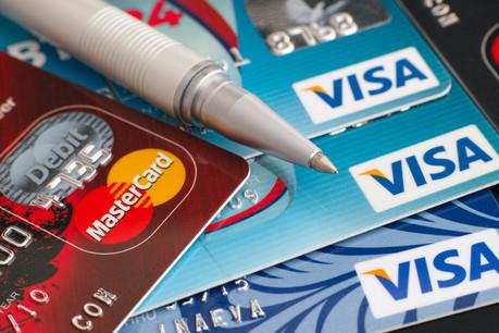 Visa et Mastercard vont réduire leurs commissions d'environ 40%. (Photo: Shutterstock)