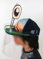 La visière s'adapte sur une casquette. ((Photo: Metaform architects))