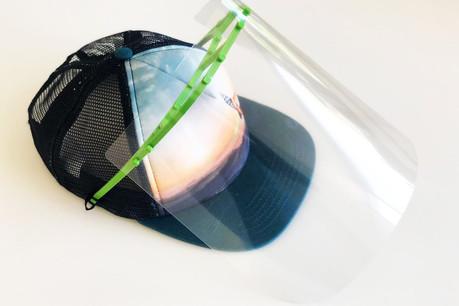 Imprimable en 3D, cette visière est prévue pour être facilement disposée sur une casquette ou un bob d'enfant. (Photo: Metaform architects)