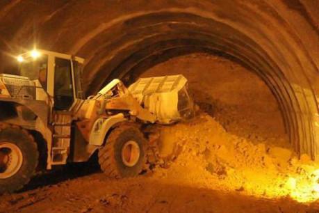 La v isite  du chantier du Tunnel « Stafelter » . (Photo: Association Luxembourgeoise des Ingénieurs, Architectes et Industriels )