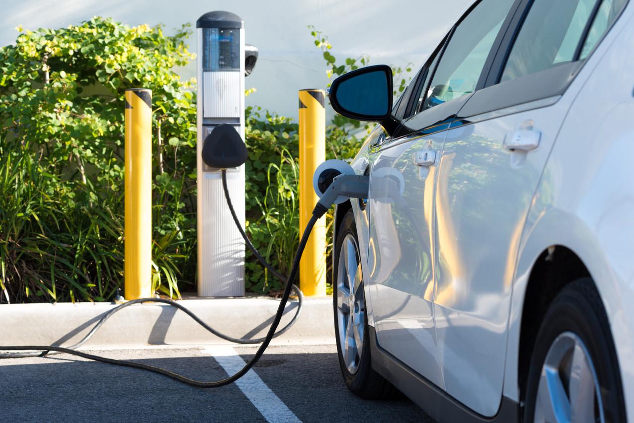 ClaudeTurmes souhaite voir le parc des voitures de société devenir entièrement électrique, une annonce qui passe mal pour le secteur automobile luxembourgeois. (Photo: Shutterstock)