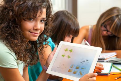 La technologie amène plus de flexibilité dans l'apprentissage des mathématiques. Vretta a ajouté 300 nouveaux outils pour les élèves de 7e et de 8e à la rentrée. (Photo: Shutterstock)
