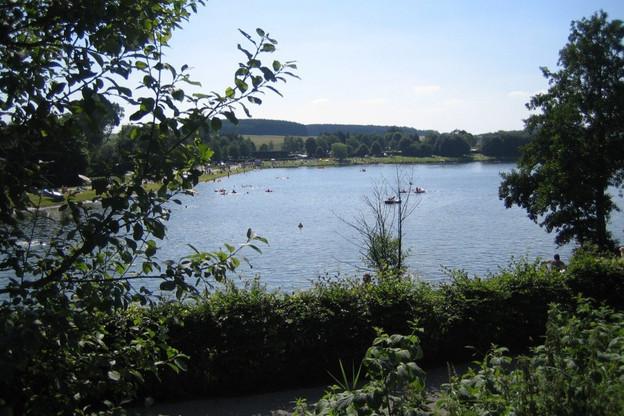 Le lac de Weiswampach est ouvert à la baignade et à la pratique de sports nautiques. (Photo: SI Weiswampach)