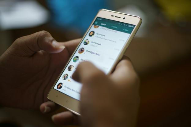 NSO Group aurait profité d'une vulnérabilité de WhatsApp pour installer un logiciel espion sur au moins 1.400appareils. (Photo: Shutterstock)