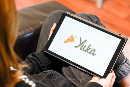 Lancée en 2017 en France, l'application Yuka, qui analyse l'impact des produits alimentaires et cosmétiques sur la santé, a le vent en poupe. (Photo: Shutterstock)
